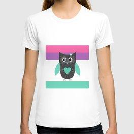 Little owl . T-shirt