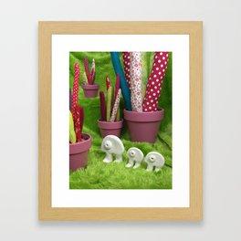 Promenade dans la forêt de cactus de Chicoumi-Land Framed Art Print