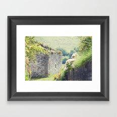Casa de campo/ Cottage Framed Art Print