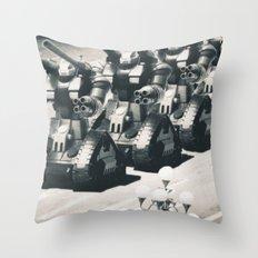 guntank man Throw Pillow