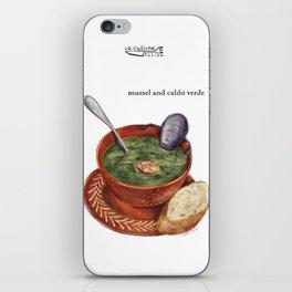 La Cuisine Fusion - Mussels with Caldo Verde iPhone Skin