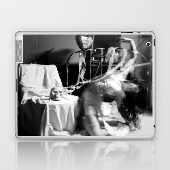 insomnia 03 Laptop & iPad Skin
