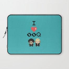 I love 00Q: Plain Laptop Sleeve