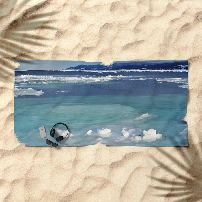 Snow and Ice pool Beach Towel