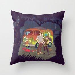 Les Hipsters Mystérieux  Throw Pillow