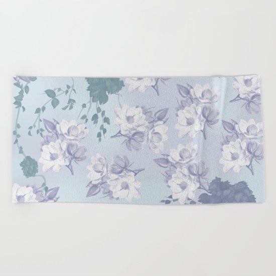 ROMANTIC FLOWERS Beach Towel