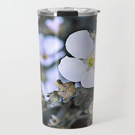 Wild & White little flowers and it's buds Travel Mug
