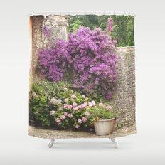 El muro Shower Curtain