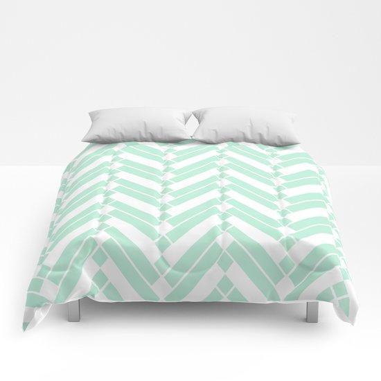 Chevron pattern - light green Comforters
