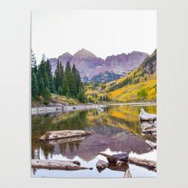 Maroon Bells in the fall Poster