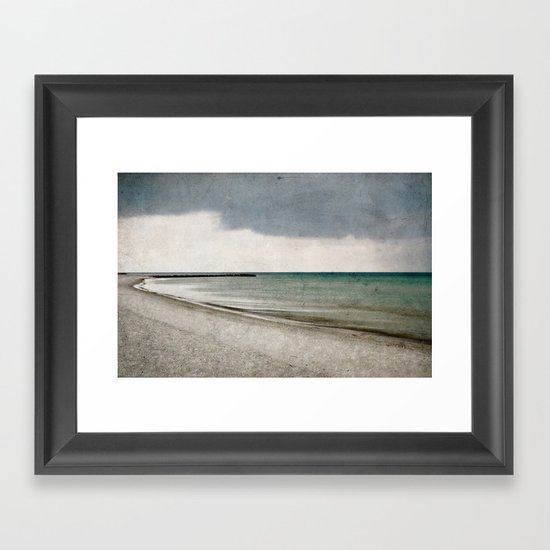 storm approaching Framed Art Print