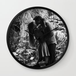 Kissing in the Climatron Wall Clock