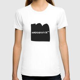 mindenkihülye™ black T-shirt