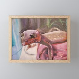 Patternless Leopard Gecko Framed Mini Art Print