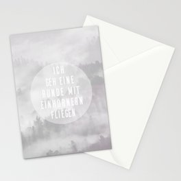 Mit Einhörnern fliegen Stationery Cards