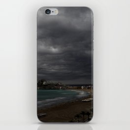 Antes de la tormenta iPhone Skin
