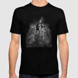Black and white portrait-Sitting bull T-shirt