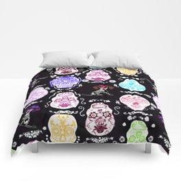 WEIMARANER AND SKULLS 2 Comforters