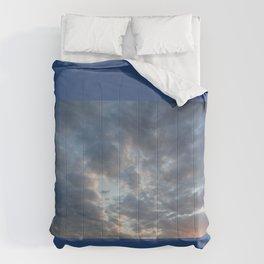 CLOUDY SKY Comforters