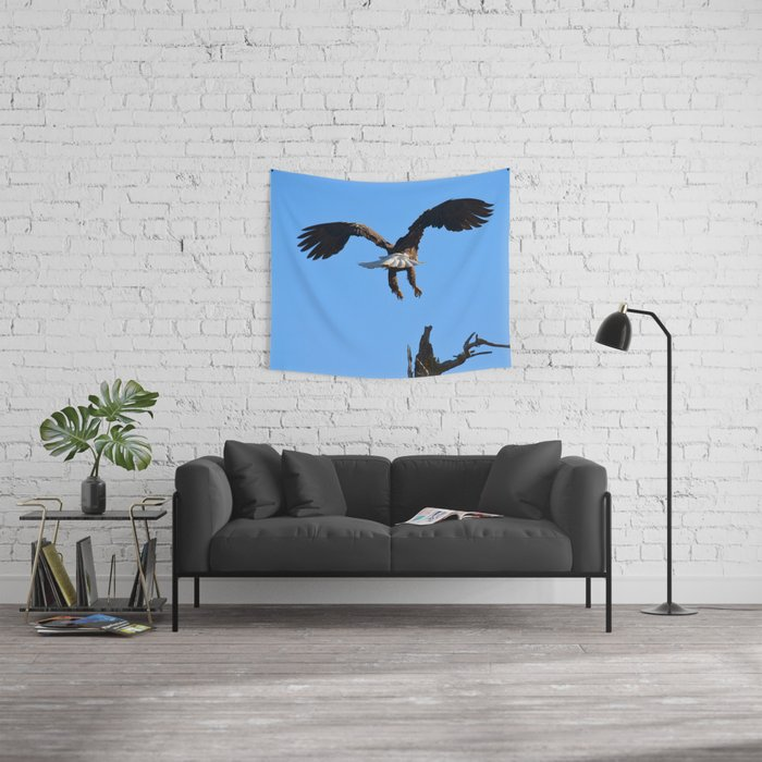 Coming in for a Landing Wall Tapestry