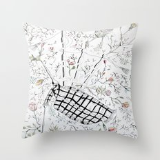 The bagpipes Throw Pillow