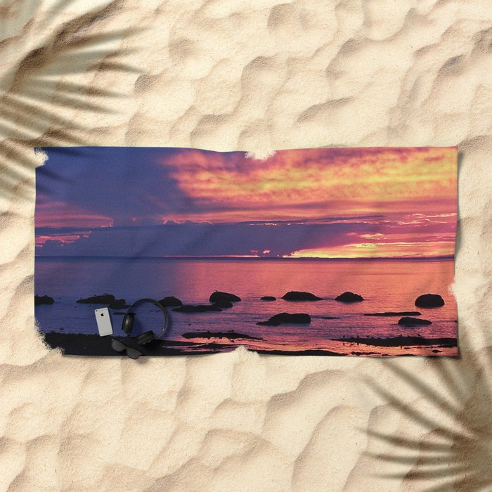 Sunset on the Mighty St-Lawrence Beach Towel