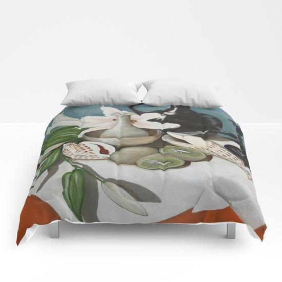 Kiwi fruit & Lillies Comforters