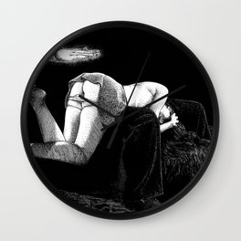 asc 877 - La main et les genoux (On my knees) Wall Clock