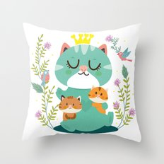 Queen cat Throw Pillow