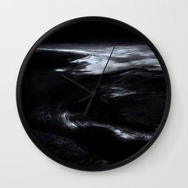 14.32.28 Wall Clock