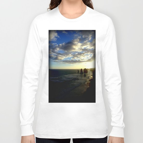 Clouds circling the Twelve Apostles Long Sleeve T-shirt