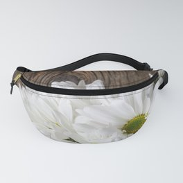 Simple White Daisy Flowers Fanny Pack