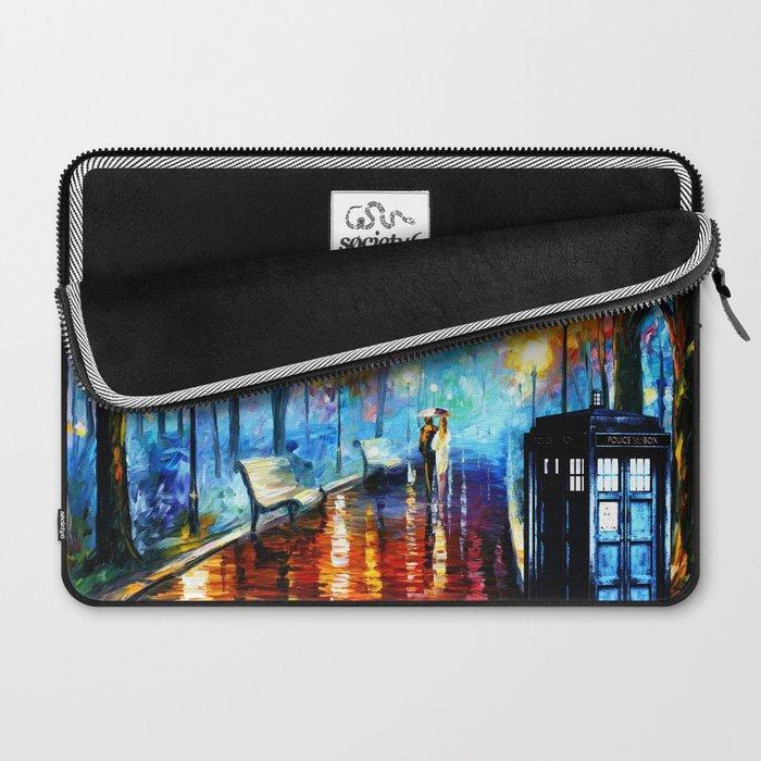 STARRY NIGHT TARDIS Laptop Sleeve