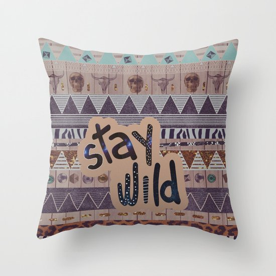 GIPSY SPELL  Throw Pillow