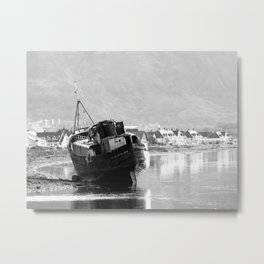 Shipwrecked Metal Print