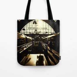 Railway Station Cologne (monochrom) Tote Bag