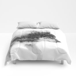 Wolf Stalking Comforters