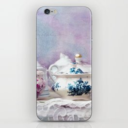 VINTAGE CHINA iPhone Skin