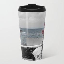 Le long du mur Travel Mug