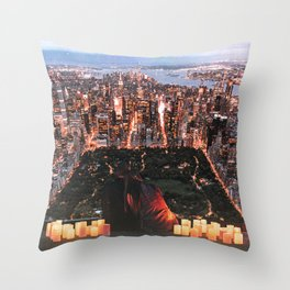 New York City Couple Central Park Throw Pillow