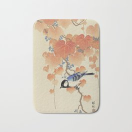 The bird and the leaves Bath Mat