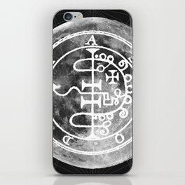 The Witches Moon iPhone Skin