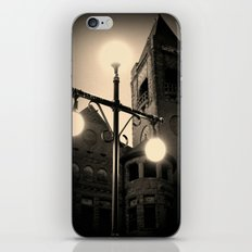 Preston Castle ~ twilight exterior iPhone & iPod Skin