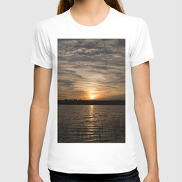 Watercolor Sunset, Janes Island 14, Maryland T-shirt