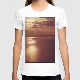 PUGET SOUND AT SUNSET, LOOKING TOWARD POINT DEFIANCE (LEFT) AND VASHON ISLAND (RIGHT) NARA 552350 T-shirt