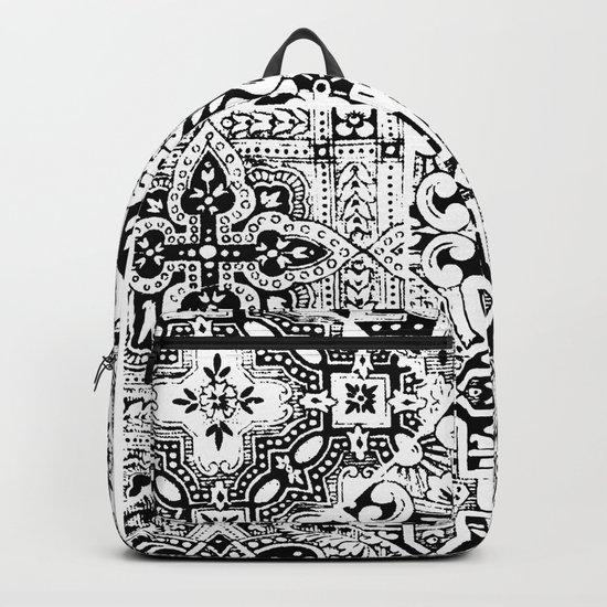 celtic knot black & white Backpack