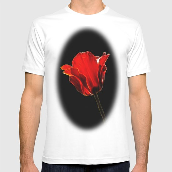 Red tulip fractal T-shirt