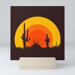 mucho calor Mini Art Print
