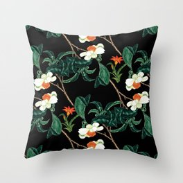Moody retro floral pattern Throw Pillow