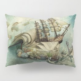 Now I lay me down to read, i travel leagues before i sleep Pillow Sham